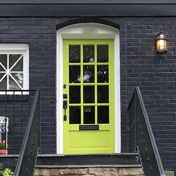 lime green front door - curb appeal ideas from Annie Meadows, Raleigh Realtor with Hudson Residential